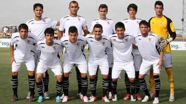 Un once del equipo campeón. (Foto: Sevilla FC)