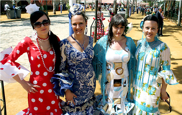 Andrea Herrera, Laura Peña, Yolanda Puerta y Marta Vicario.