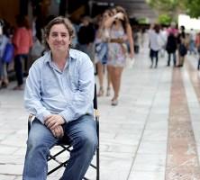 El escritor Luis García Montero, en la Feria del Libro de Sevilla