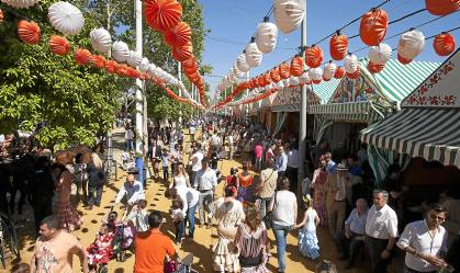 El miércoles festivo se notó la afluencia masiva de visitantes al Real. J.M. PAISANO (ATESE)
