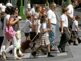 Pese a caer las solicitudes, Educación ha creado ocho líneas extra en siete colegios de cinco barrios de la capital.