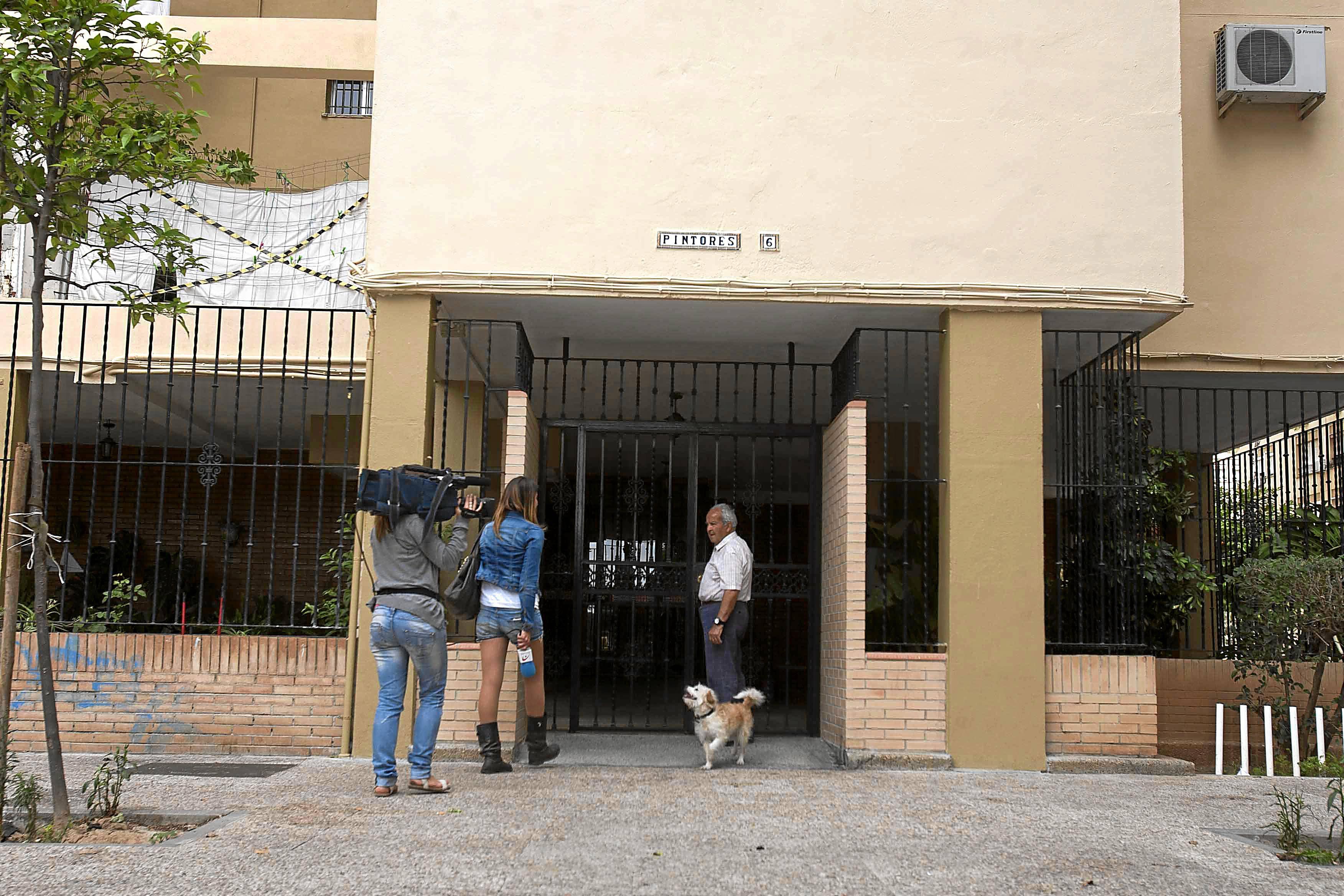 Sevilla 26 05 2013: Apuñalamiento en la setima planta FOTO:J.M.PAISANO