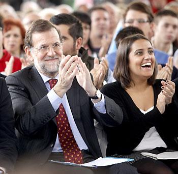 Beatriz Jurado (dcha.) junto a Mariano Rajoy.