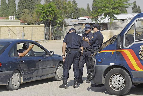 La Policia en El Vacie. / Foto: Juanma Rodríguez