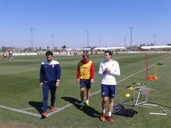 Rakitic, abandonando el entrenamiento (SevillaFC)
