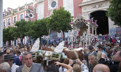 La hermandad de Sevilla salió esta mañana hacia el Rocío. J.M. Espino (Atese)
