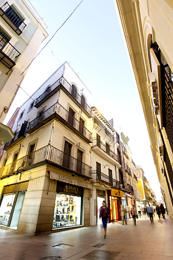 Calle Sierpes. / Paco Puentes