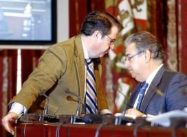 Gregorio Serrano y Juan Ignacio Zoido, en una imagen de archivo durante un Pleno municipal.