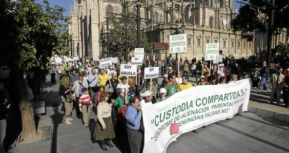 Manifestación por la custodia compartida. Foto: José Manuel Cabello.