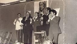 Cantando con Paco Gandía, Miguel de la Isla, Pepe Gutiérrez y El Gran Simón en la Feria de Sevilla.