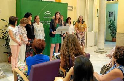 La coordinadora provincial del IAM y las representantes del Consejo Andaluz denunciaron el retroceso.