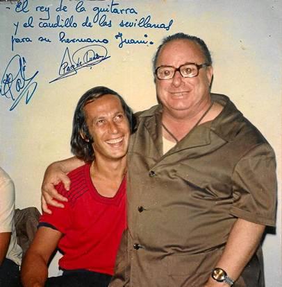 Los Morancos guardan como oro en paño esta foto que El Pali y Paco de Lucía dedican a su padre.