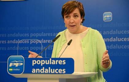 La dirigente del PP-A Ana María Corredera, ayer en rueda de prensa.