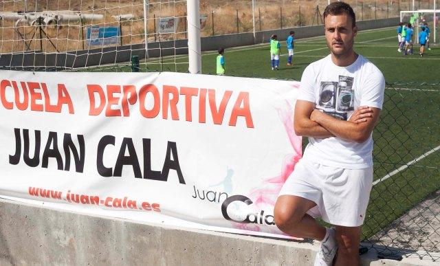 Juan Cala, en el campus para niños que organiza en Lebrija (J.M. Espino/ Atese)
