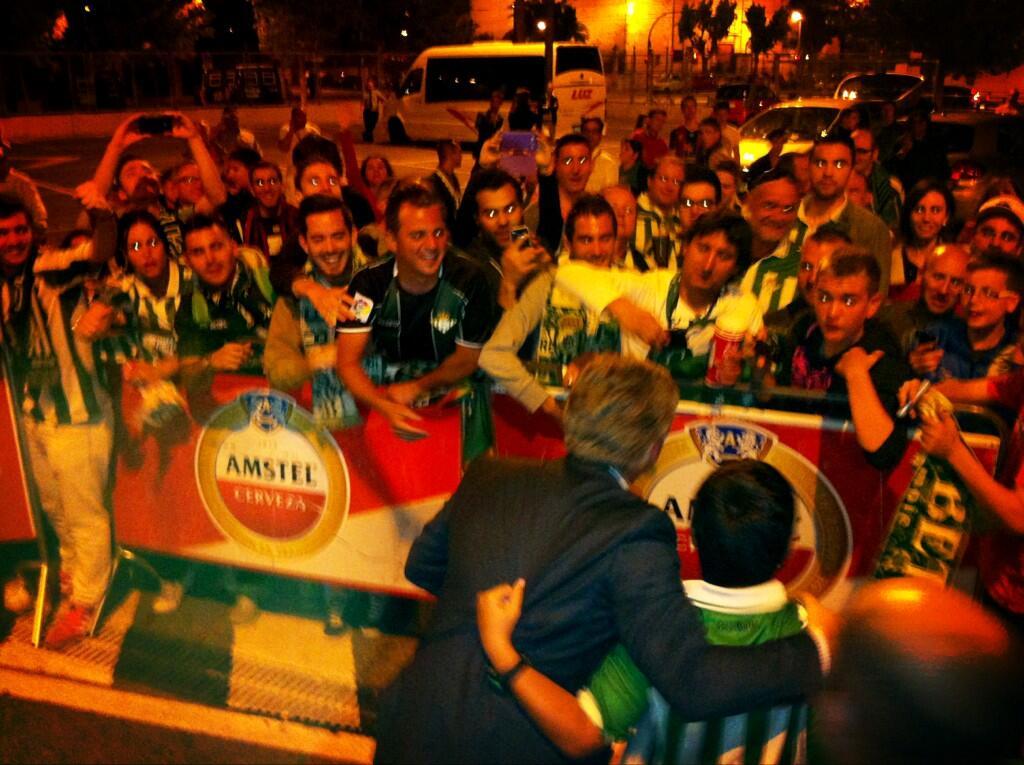 El presidente, esta noche con los béticos en Valencia / Real Betis
