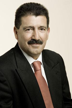 Salvador Guerrero.