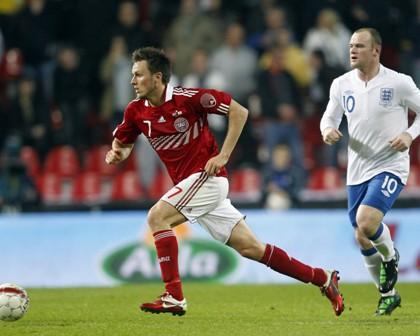 Kvist, en un partido con Dinamarca ante Inglaterra.