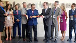 El Alcalde de Sevilla, Juan Ignacio Zoido, durante la inauguración del nuevo centro de la compañía 'Teleperformance'.  Foto Fernando Ruso / Ayuntamiento de Sevilla.