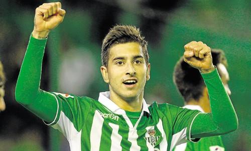 Álvaro Vadillo, en un partido con el Betis / Marcamedia