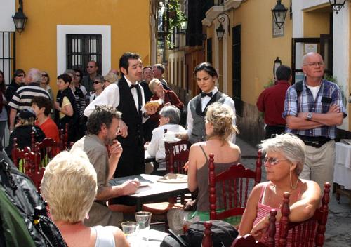 Las inspecciones en los veladores se centrarán sobre todo en el conjunto histórico de la ciudad. Foto: Antonio Acedo