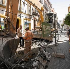 Vallado y cierre temporal al tráfico de las calles que dan al Centro