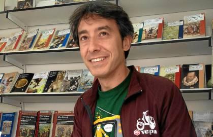 Juan Carlos Sierra, un profesor que no se cansa de animar a la lectura.