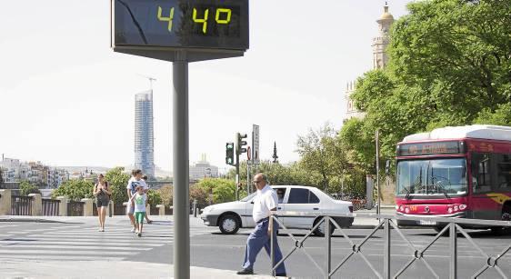 Los termómetros llegaron a marcar los 44 grados.