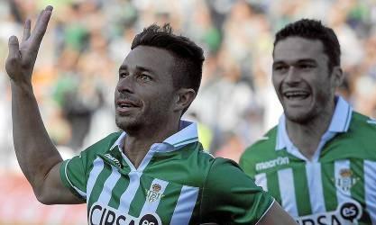 Rubén Castro y Jorge Molina celebran un gol / Kiko Hurtado (Marcamedia)