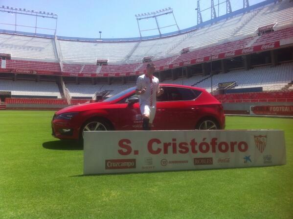 Cristóforo, en su presentación (Sevilla FC).