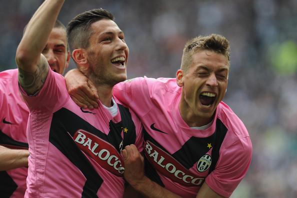 Luca Marrone celebra un gol.