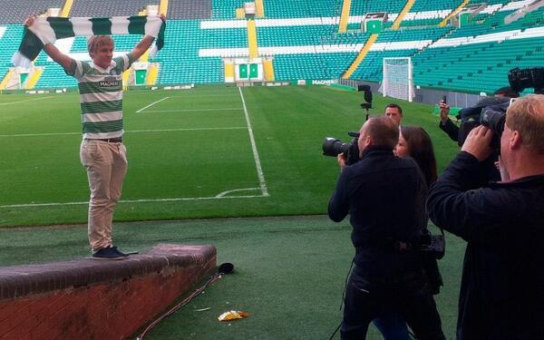 Pukki, en Celtic Park.