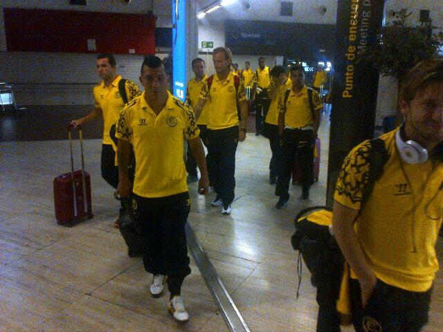 Los jugadores, con la tercera equipación. (Foto: Sevilla FC)