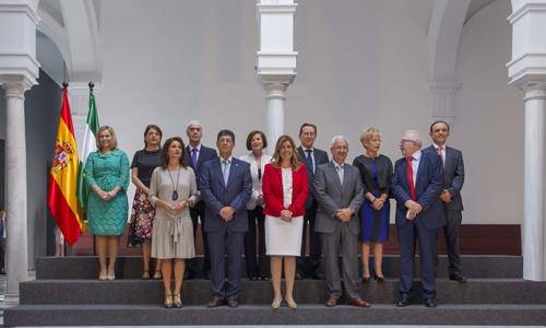 GOBIERNO ANDALUZ INICIA SU ANDADURA CON LA TOMA DE POSESIÓN DE LOS CONSEJEROS