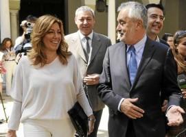 La próxima presidenta de la Junta, Susana Díaz, junto al presidente en funciones, José Antonio Griñán