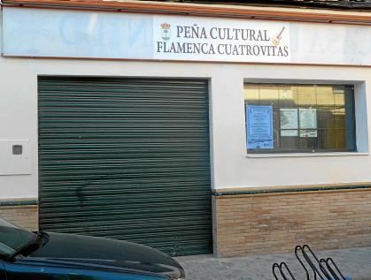 Local de Lorenzo Terrero que el Ayuntamiento cedió a la Peña Cultural Flamenca Cuatrovitas.