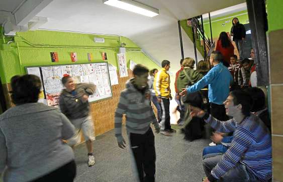 El IES Torreblanca está ubicado en la zona más marginal del barrio y acoge a alumnos con especiales dificultades de aprendizaje. / José Manuel Cabello