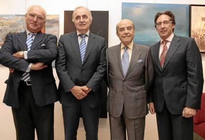 Moisés Sampedro, segundo por la izquierda, en un homenaje en 2011 a Fernando Guerrero. / J. M. Cabrera (Atese)