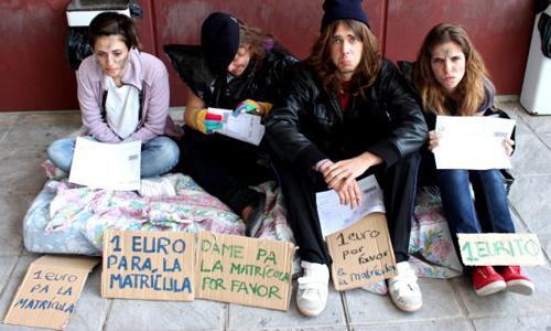 Así muestran los alumnos las universidades andaluzas su oposición al apadrinamiento de estudiantes.