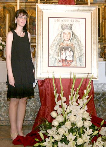 Beatriz Barrientos en la presentación del cartel del Día de la Virgen de 2009. / Antonio Acedo