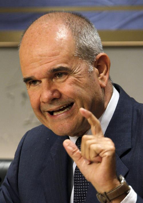 RUEDA DE PRENSA DEL EXPRESIDENTE DE LA JUNTA DE ANDALUCÍA MANUEL CHAVES