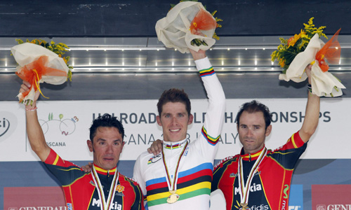 Spain's Rodriguez, Portugal's Costa and Spain's Valverde pose on the podium after the men's elite road race at UCI Road World Championships in Florence