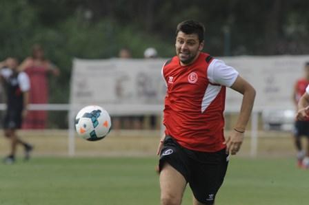 Rusescu, en la ciudad deportiva (Marcamedia).