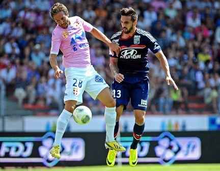 Miguel Lopes (derecha), en el reciente Evian-Lyon / Le Progres