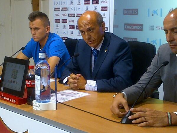 Del Nido, con Cheryshev y Monchi (Fotos: SFC)