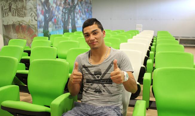 Lolo Reyes, en la sala de prensa del Villamarín / Real Betis
