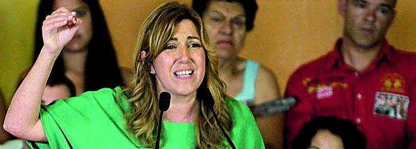 Susana Díaz, entre Manuel Chaves y José Antonio Griñán. / Manuel R. R. (Atese)