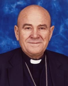 El arzobispo Manuel Ureña.