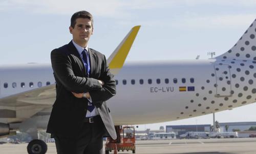 El nuevo director del Aeropuerto San Pablo, Jesús Caballero. / J.M. Espino (ATESE)