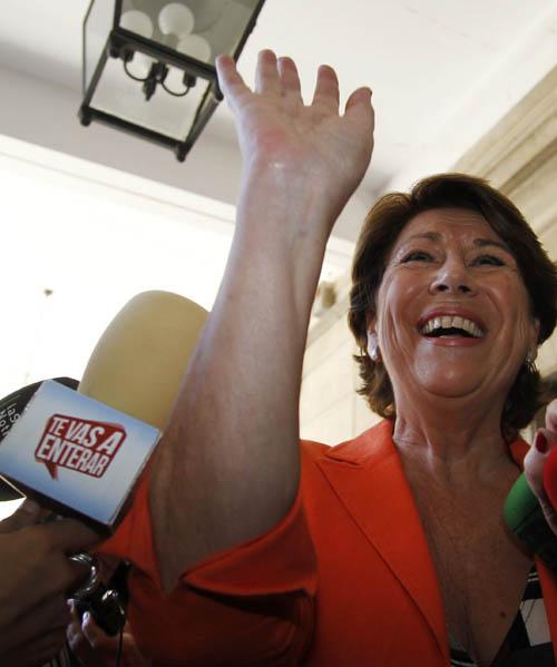 La exministra de Fomento y exconsejera andaluza de Economía, Magdalena Álvarez, tras declarar en los juzgados el pasado 8 de octubre. / EFE