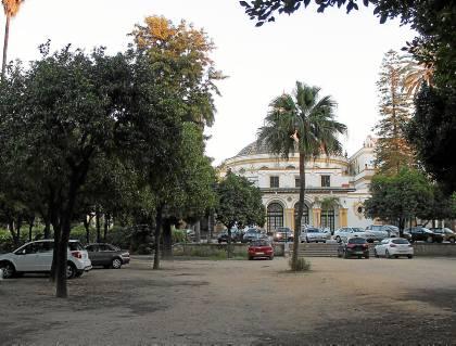 Imagen de los jardines de la Madrina, en las traseras del teatro Lope de Vega. / Manuel R. R. (Atese)